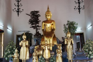Tempel und Buddhas in Bangkok